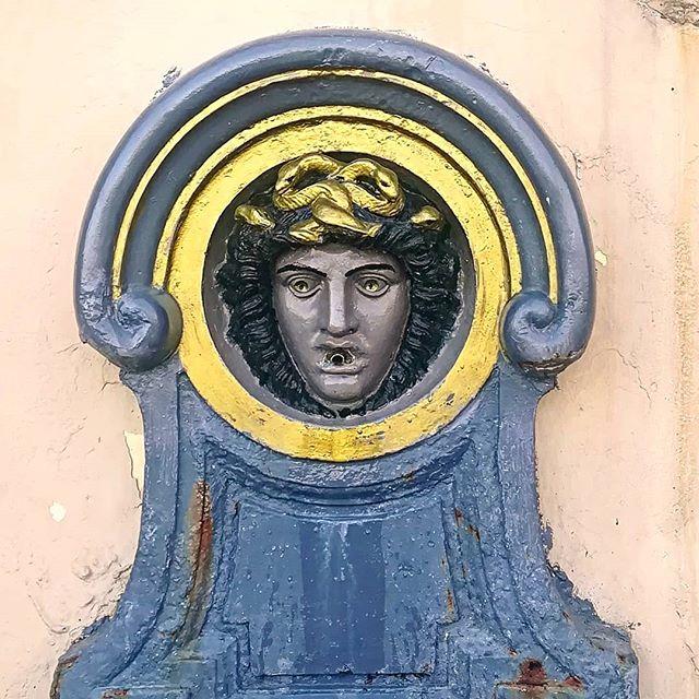 #fontainesdefrance #corsicainsmart